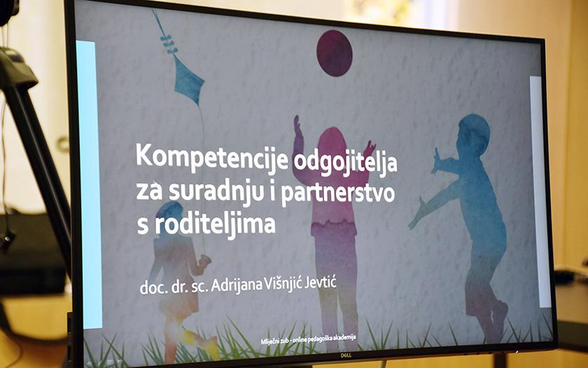 Kompetencije odgojitelja za suradnju i partnerstvo s roditeljima