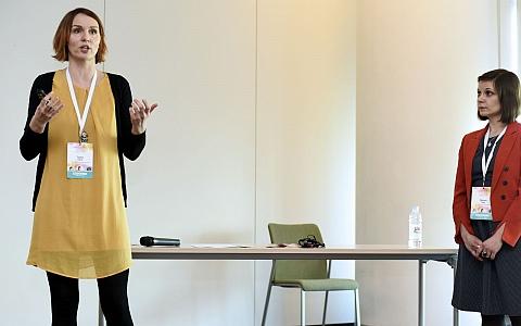 Kako komunicirati s djecom novog doba - Radionica - Radionica 6: Mala škola znakovnog jezika